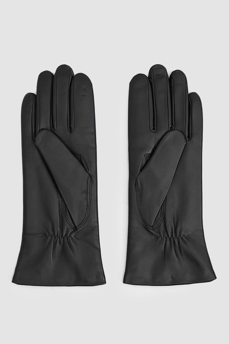 c774fde7a0c8b 16 Best Women's Gloves for Cold Weather: 2019
