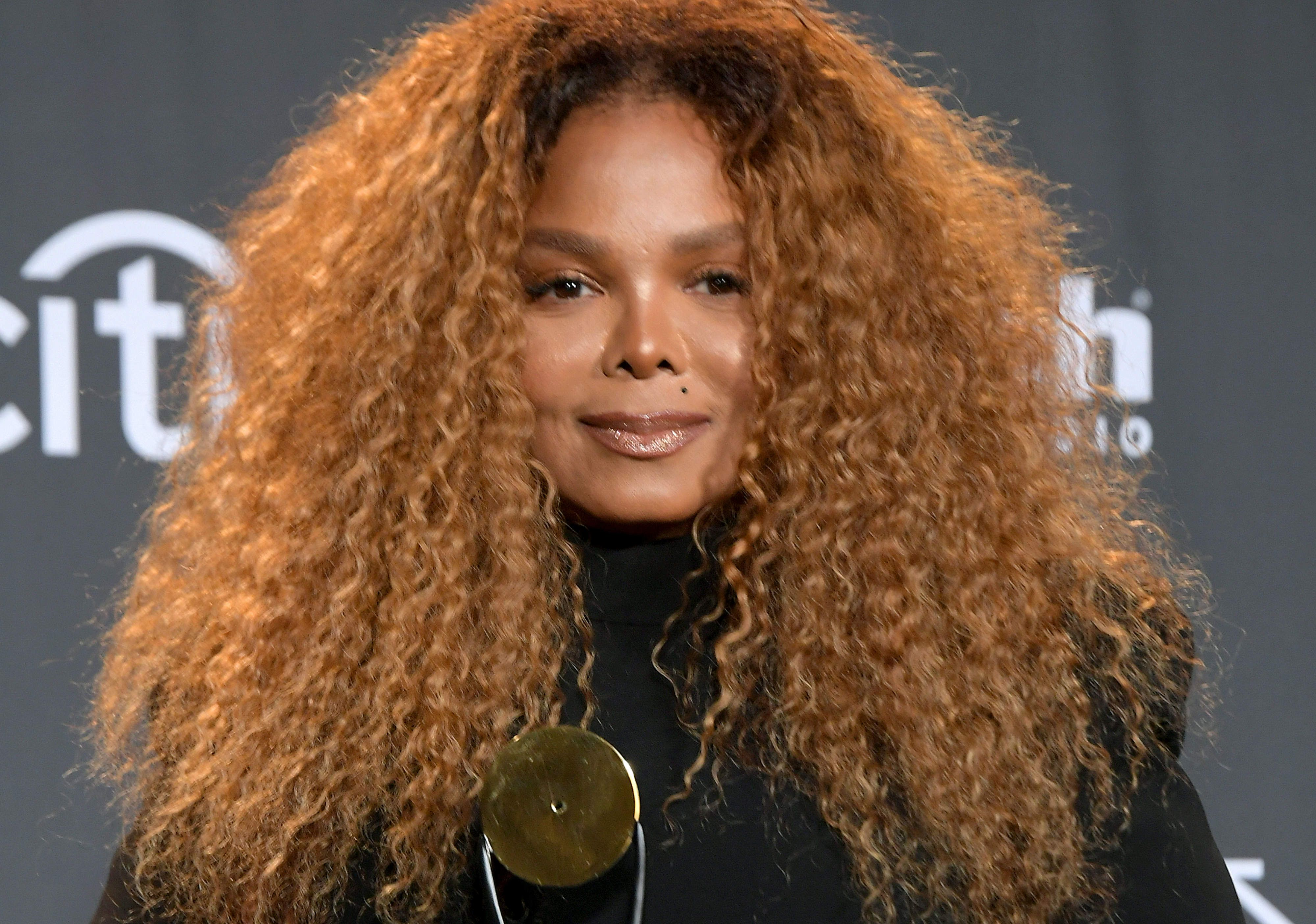 963078f33e9 Janet Jackson Reportedly Didn t Perform at the Rock Hall Because of Leaving  Neverland