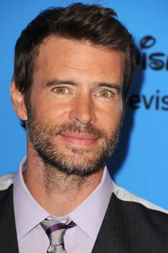 Scott Foley arrives at the 2013 Television Critics Association's Summer Press Tour - Disney/ABC Party at The Beverly Hilton Hotel on August 4, 2013 in Beverly Hills, California.