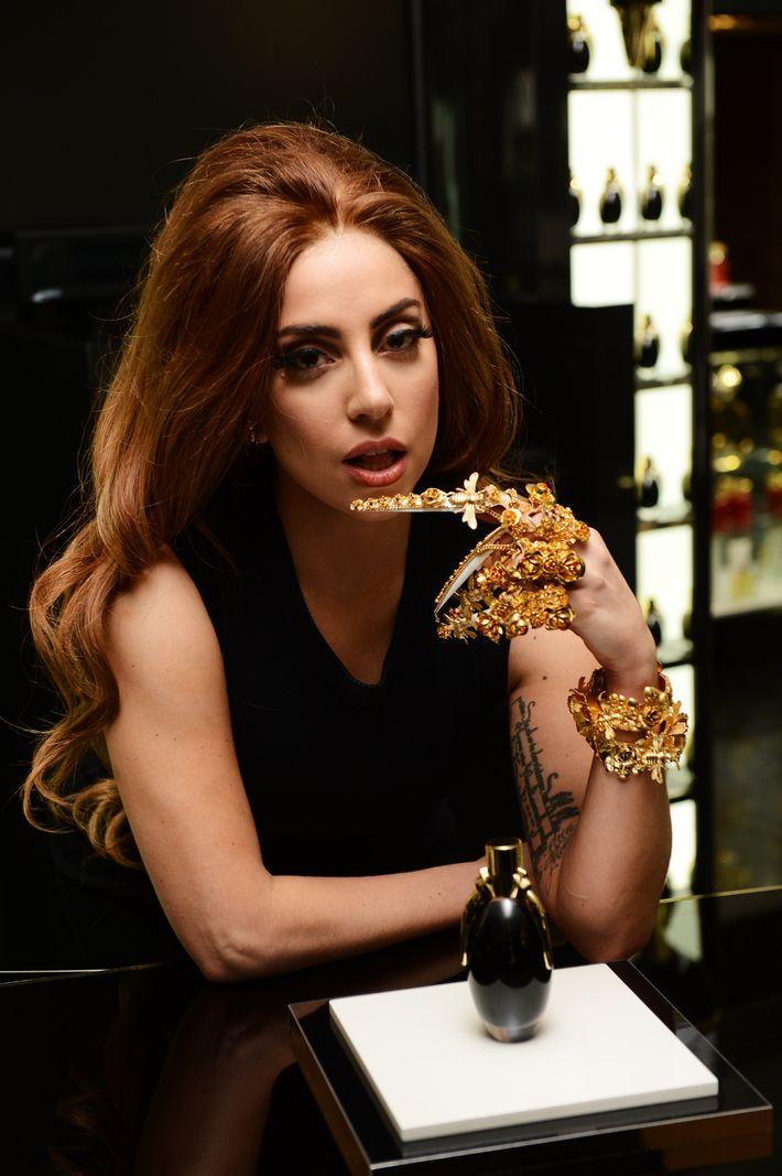 Gaga et claw.