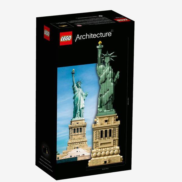 LEGO Architecture Statue of Liberty, Ages 16+