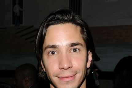 "NEW YORK, NY - MARCH 08: Actor Justin Long attends the after party for Relativity Media's world premiere of ""Limitless"" presented by DeLeon Tequila at Buddakan on March 8, 2011 in New York City. (Photo by Larry Busacca/Getty Images for Relativity Media)"
