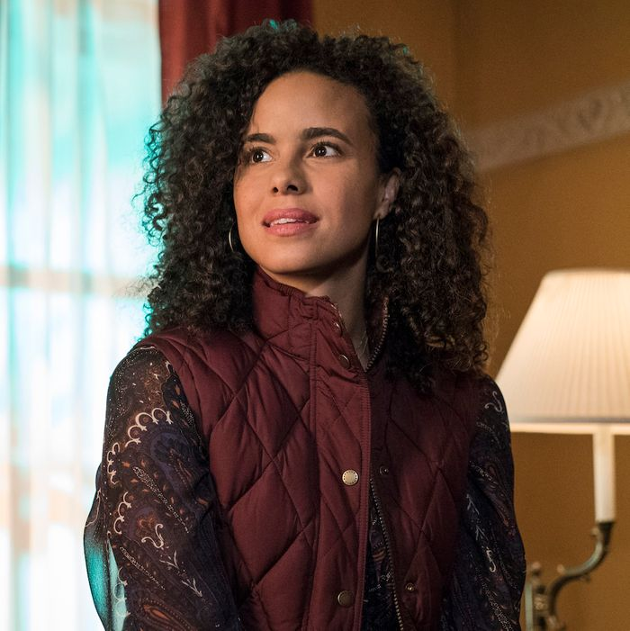 Parisa Fitz-Henley as Reva Connors.