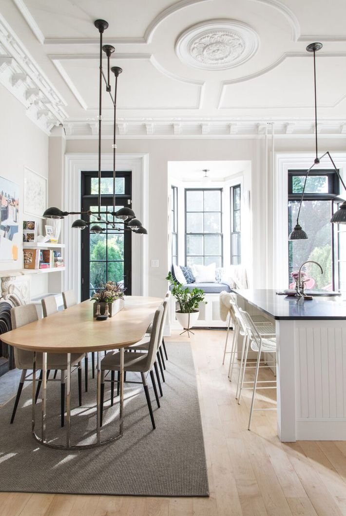 Tour a brooklyn brownstone with a london feel for New york brownstone interior design