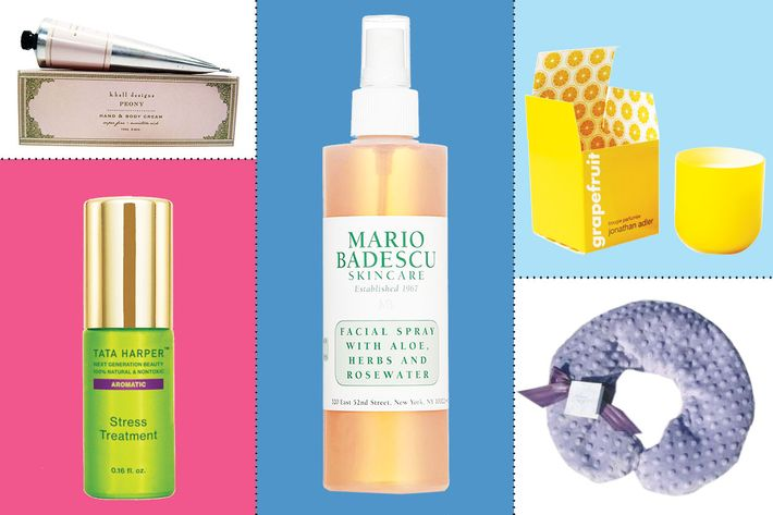 Nice-Smelling Beauty Gifts for Mom