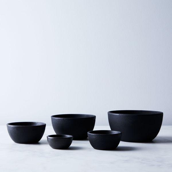 Cast-iron Bowls
