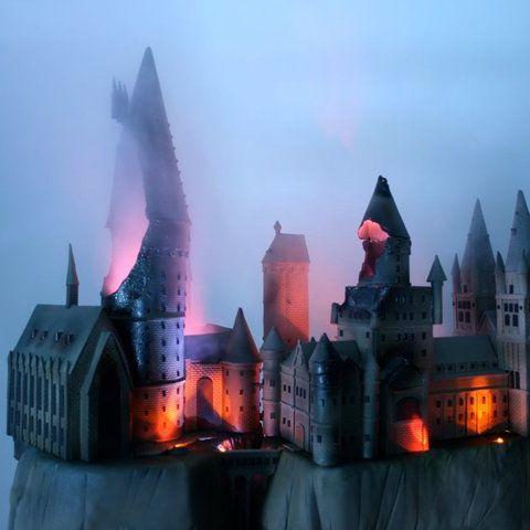 Hogwarts, in cake form.