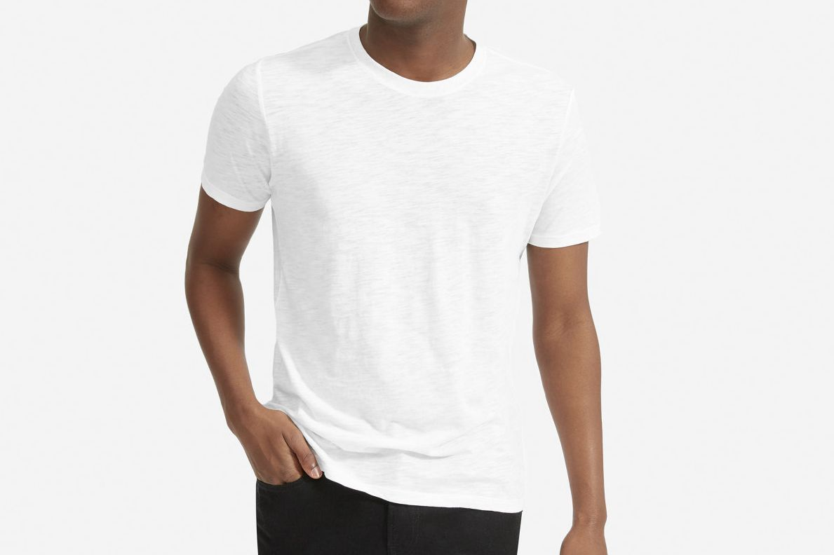 b5e9de69 The 18 Best Men's White T-shirts 2018