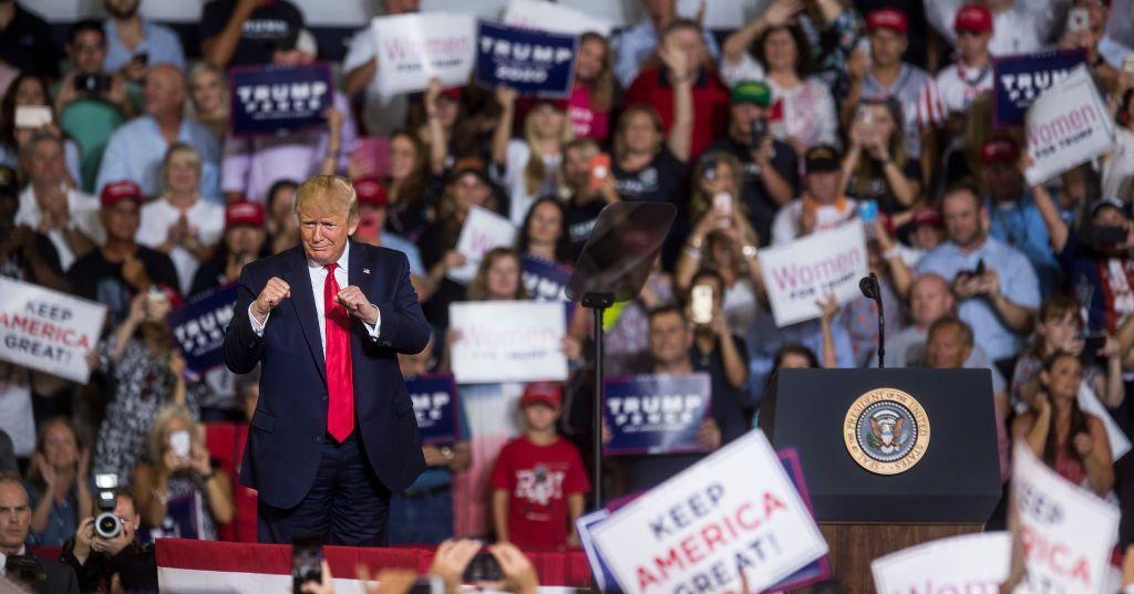 Trump, Crowd Urge Deportation of Congressional Democrat