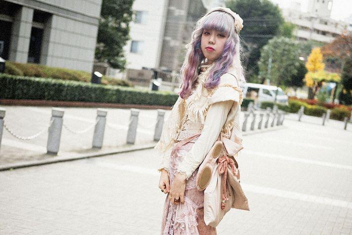 Tokyo street fashion store 84