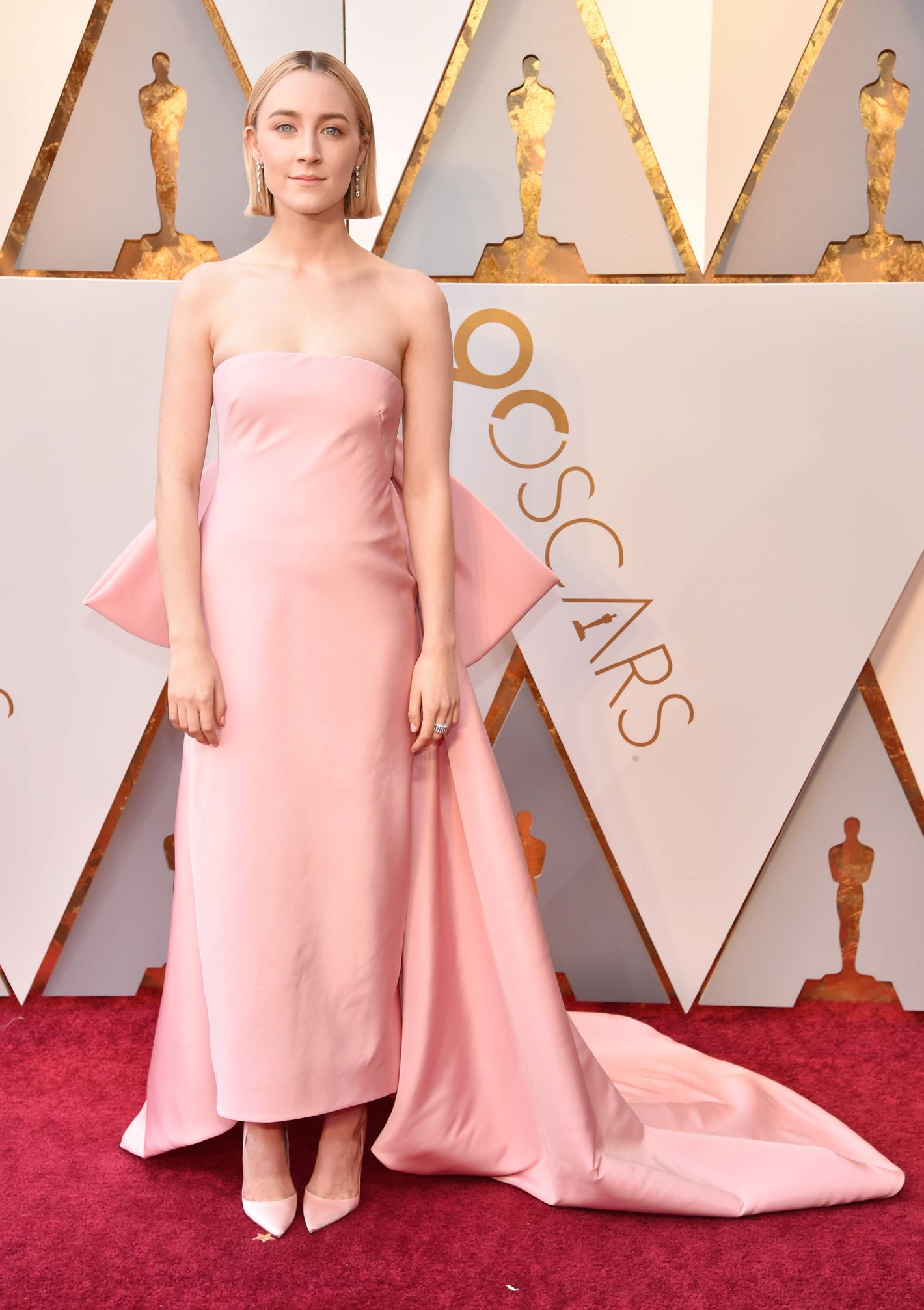 The 14 Best Red Carpet Dresses From the Oscars 2018