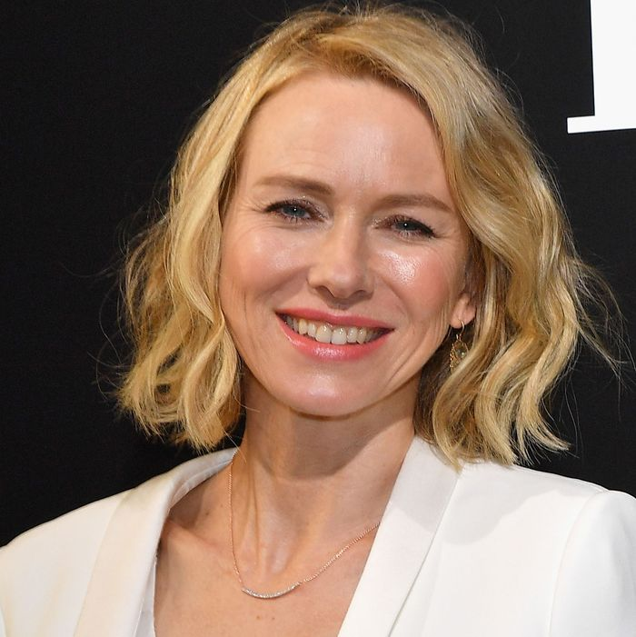 Naomi Watts' Instagram is the Summer's Best Feed