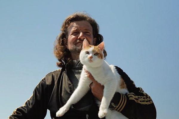 A Love Letter to the Wonderful Cat Men of <em>Kedi</em>