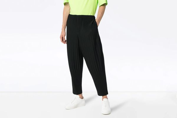 Homme Plissé Issey Miyake Cropped Relaxed Trousers