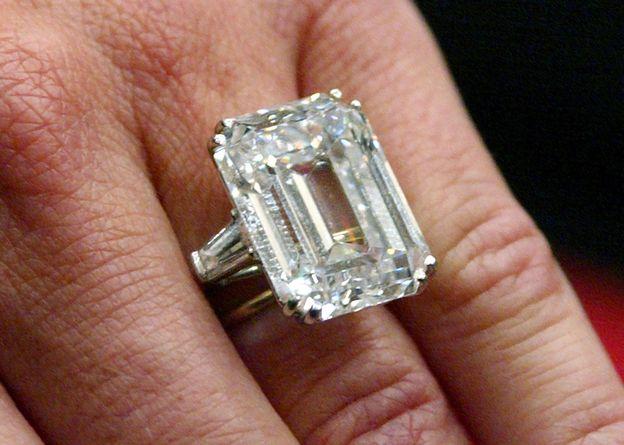 Photo 18 from Princess Soraya's Engagement Ring