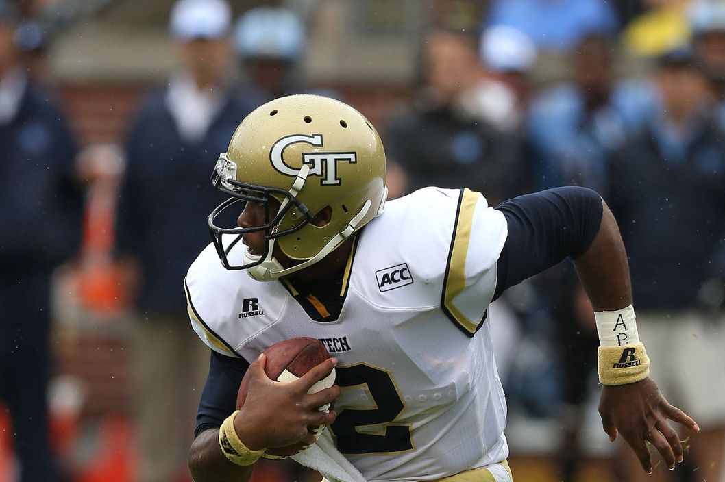 ATLANTA, GA - SEPTEMBER 21:  Quarterback Vad Lee #2 of the Georgia Tech Yellow Jackets scrambles during the game against the orth Carolina Tar Heels at Bobby Dodd Stadium at Historic Grant Field on September 21, 2013 in Atlanta, Georgia.  (Photo by Mike Zarrilli/Getty Images)