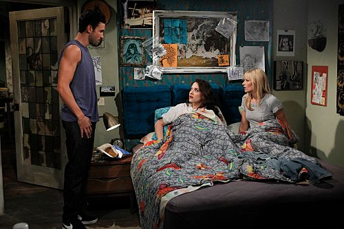 """""""And The Break-Up Scene"""" -- Caroline (Beth Behrs, right) thinks she's doing Max (Kat Dennings, center) a favor when she takes it upon herself to facilitate her break-up with Robbie (Noah Mills, left), on 2 BROKE GIRLS, Monday, Sept. 26 (8:30-9:00 PM, ET/PT) on the CBS Television Network. Photo: Sonja Flemming/CBS ?2011 CBS Broadcasting Inc. All Rights Reserved."""