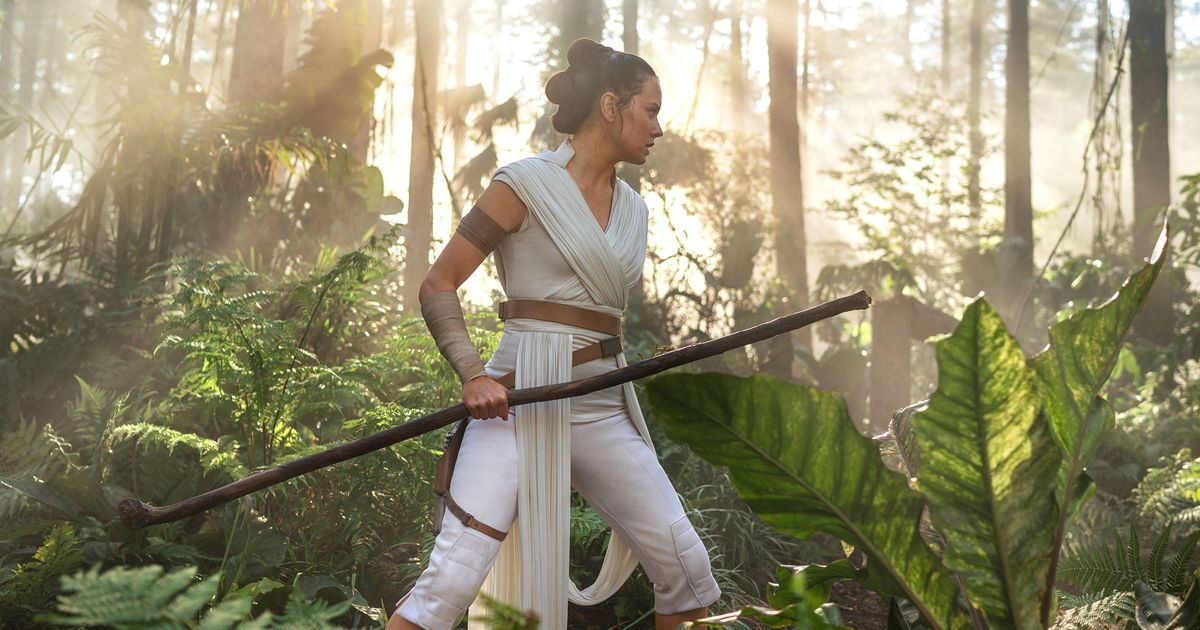 And Now Star Wars: The Rise of Skywalker Has Arrived Early Too
