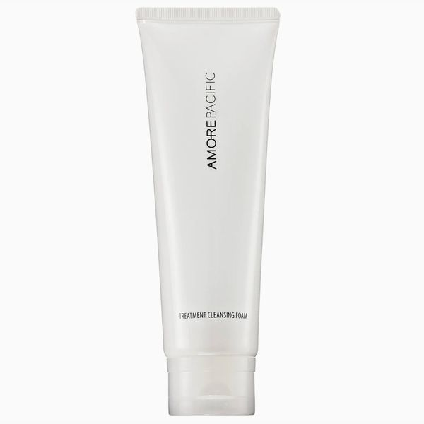 Amorepacific Treatment Cleansing Foam Hydrating Cleanser
