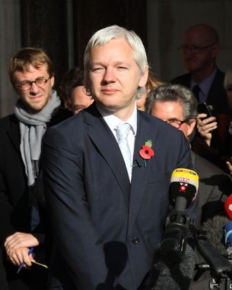 LONDON, ENGLAND - NOVEMBER 02: WikiLeaks founder Julian Assange talks to members of the media as he leaves The High Court on November 2, 2011 in London, England. Mr Assange has failed in his bid to stop his extradition to Sweden to face sexual assault allegations. (Photo by Peter Macdiarmid/Getty Images)
