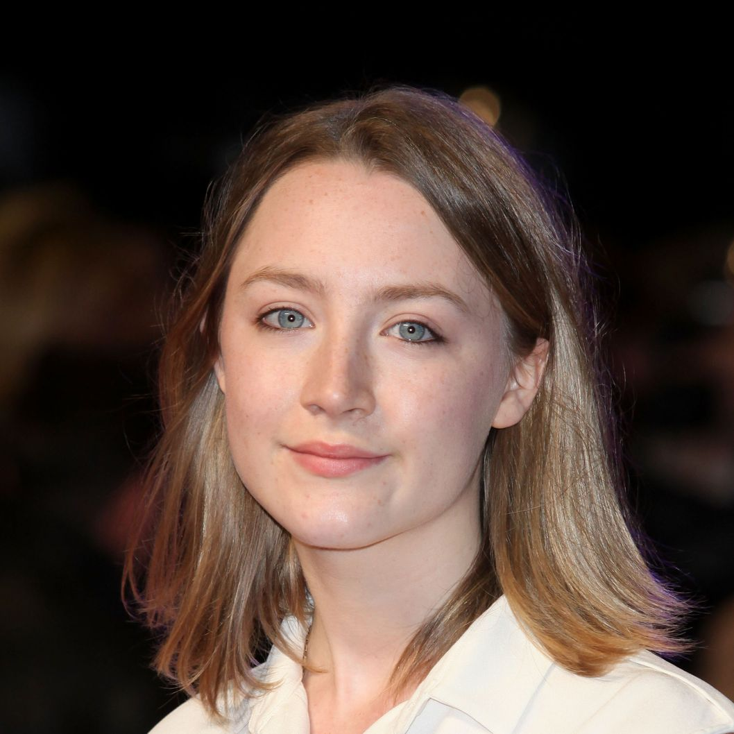 Saoirse Ronan arrives at the UK premiere of 'In Time' at The Curzon Mayfair on October 31, 2011 in London, England.