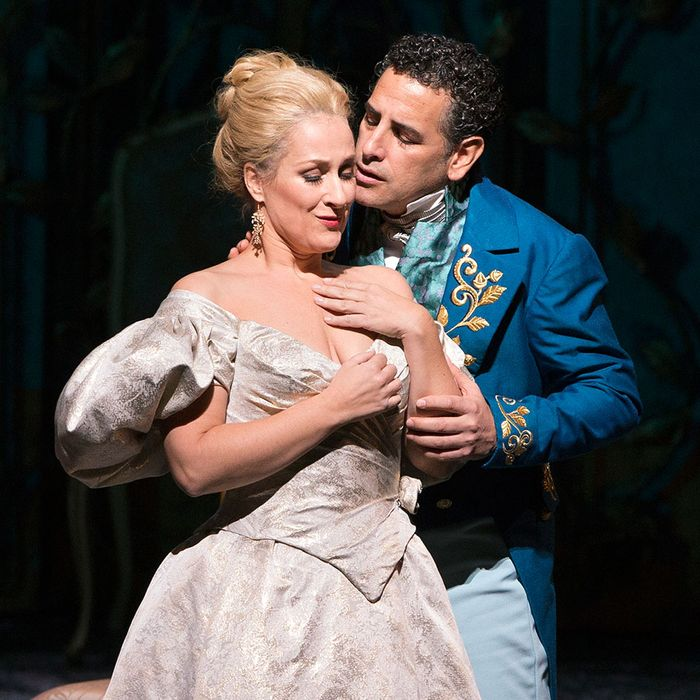 Diana Damrau and Juan-Diego Flórez in La Traviata.