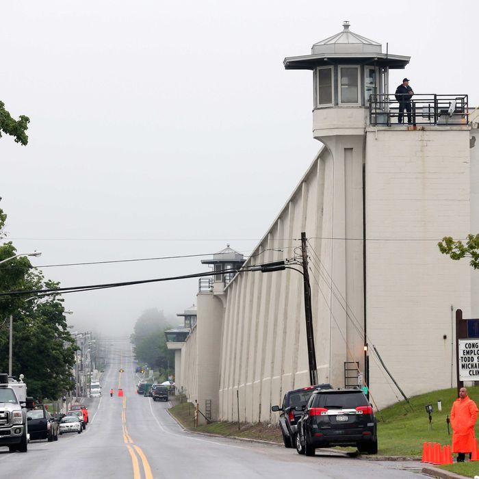 US Escaped Prisoners