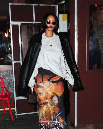 Looking fly, Rihanna is.