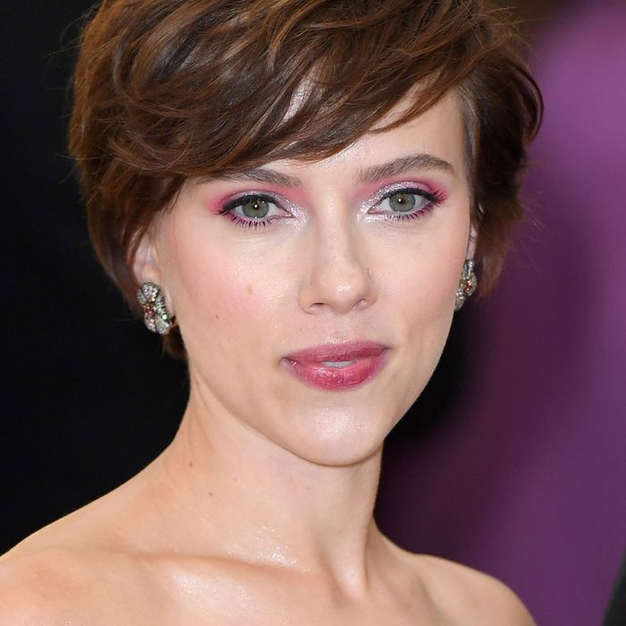 Scarlett Johansson Leaves Her Role in 'Rub & Tug'