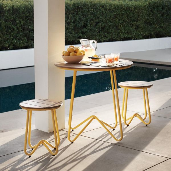 The Best Outdoor Furniture for Small