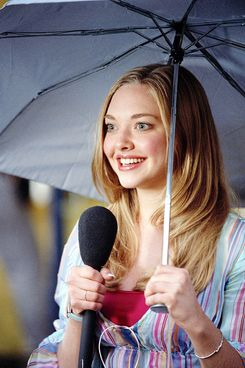 MEAN GIRLS, Amanda Seyfried, 2004, (c) Paramount/courtesy Everett Collection