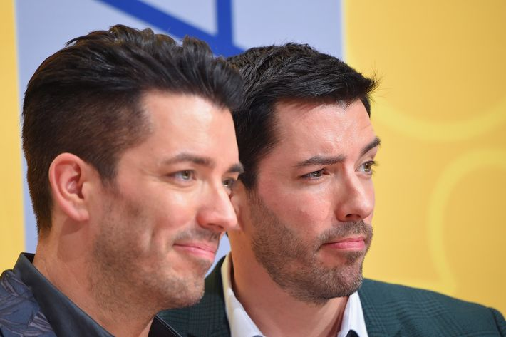 Drew scott of property brothers is engaged to longtime girlfriend