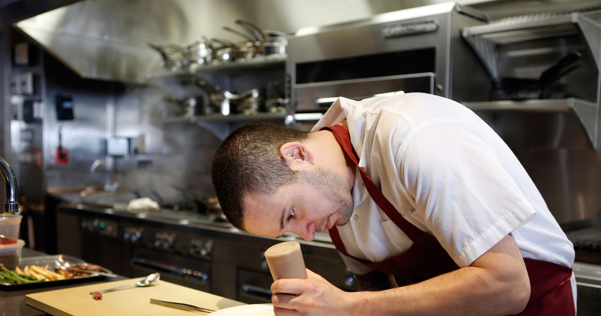 Here Are <em>Food & Wine</em>'s Best New Chefs for 2015