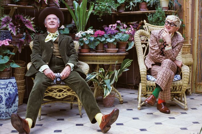 David Hockney and Cecil Beaton in Beaton's conservatory, Wiltshire, 1970.