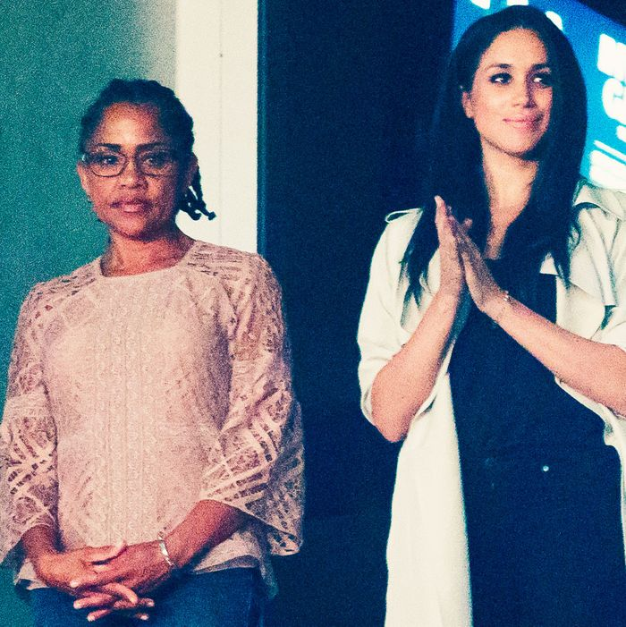 Meghan Markle Wants Mom Doria Ragland To Walk Her Down Aisle