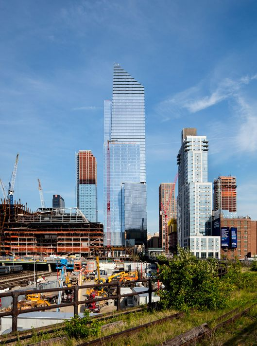 First Hudson Yards Building Open For Business Nymag