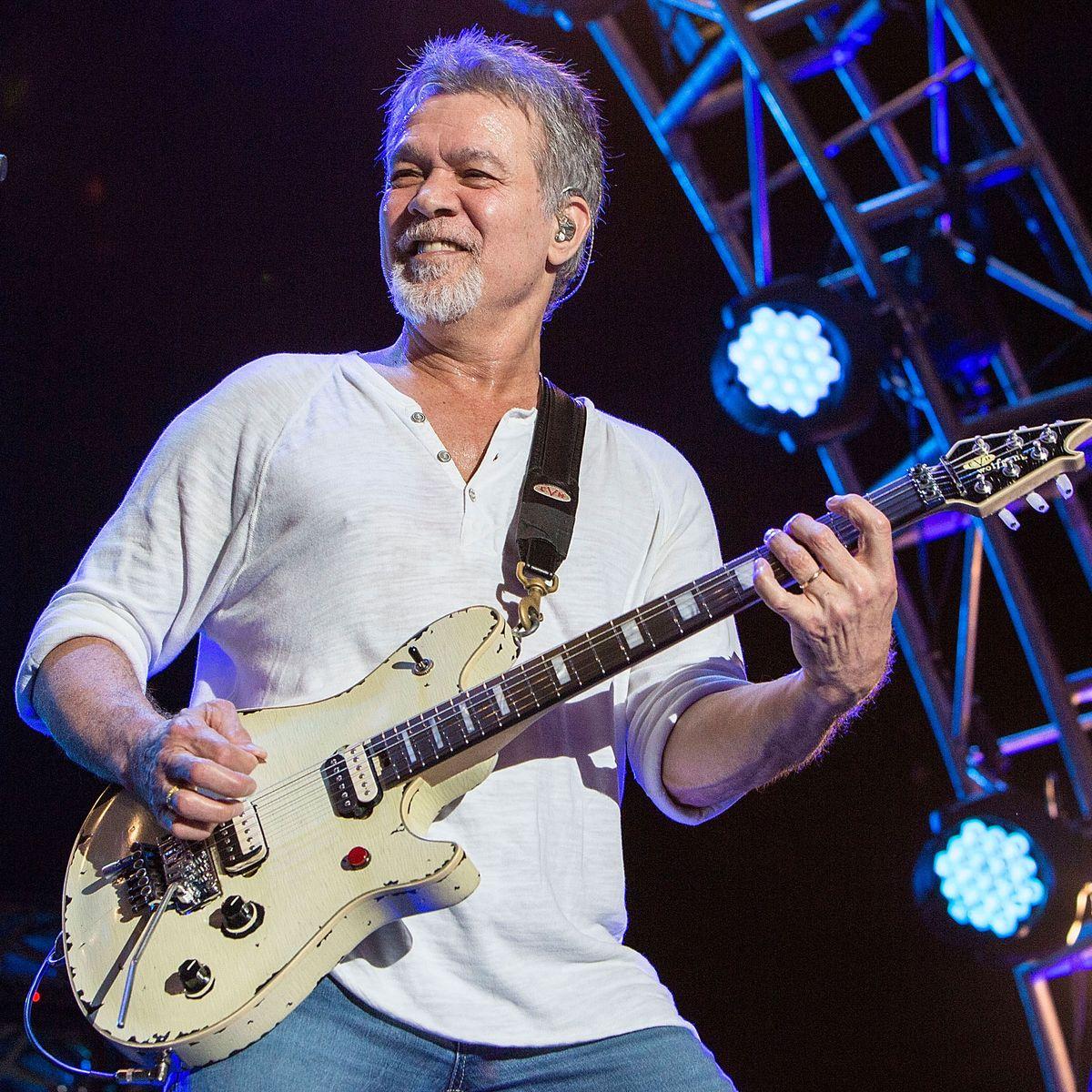 Foto von Wolfgang Van Halen  & sein  Vater  Eddie Van Halen