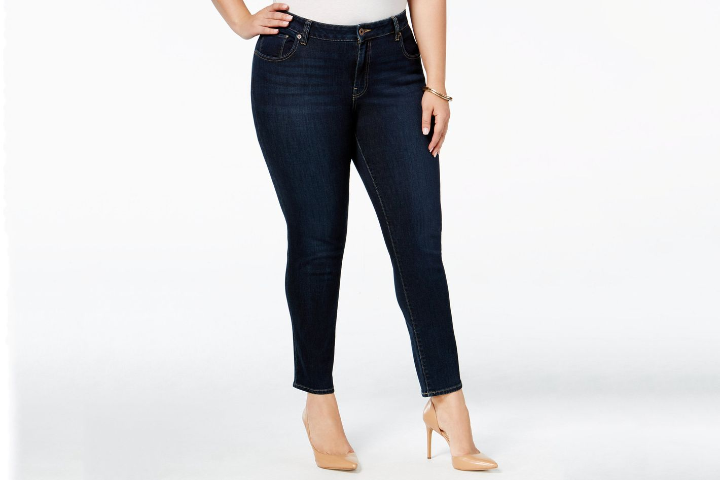 39aa216a82c03 10 Best Plus-Size Jeans According to Real Women 2018