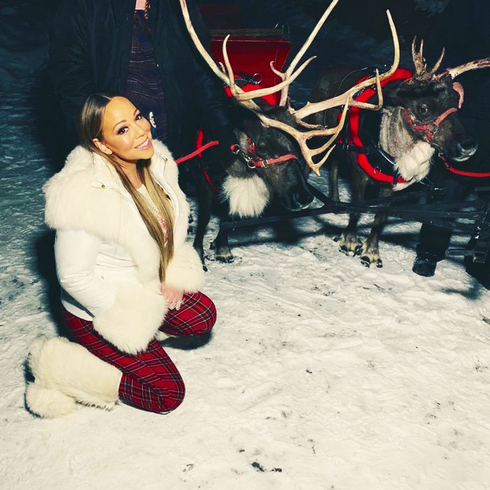 Mariah Carey and reindeer