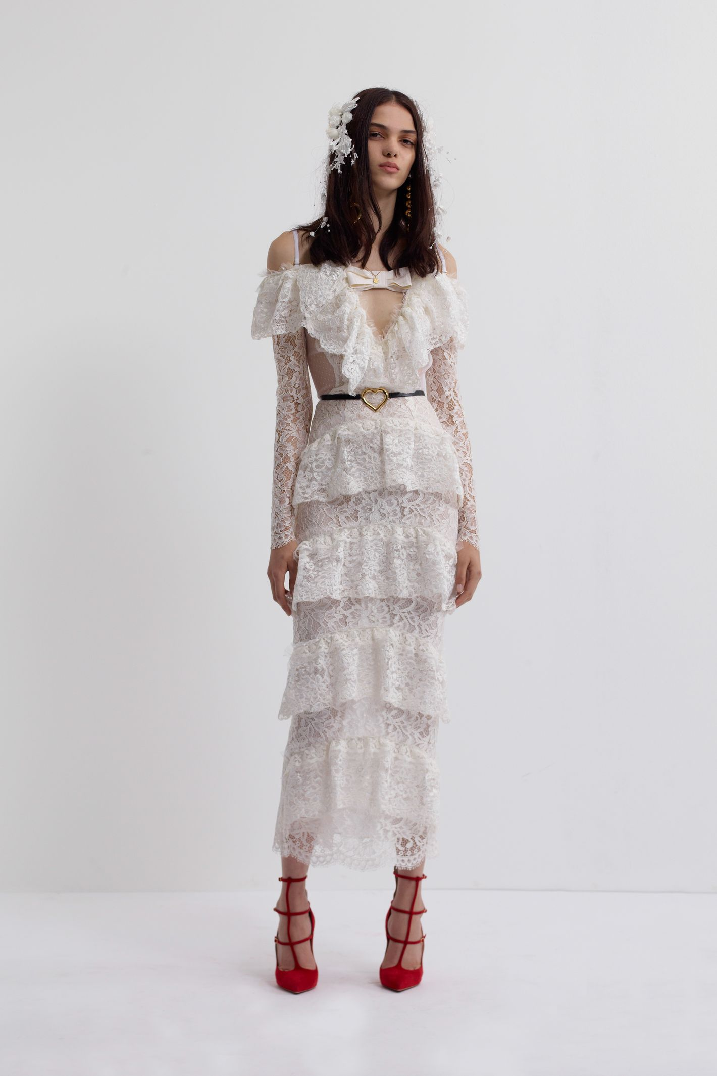 Beyonce 7 11 white dress yello
