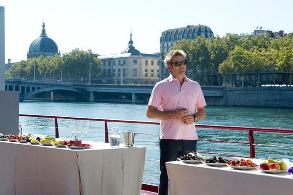"AROUND THE WORLD IN 80 PLATES -- Episode 102 ""Lyon"" -- Pictured: Curtis Stone"
