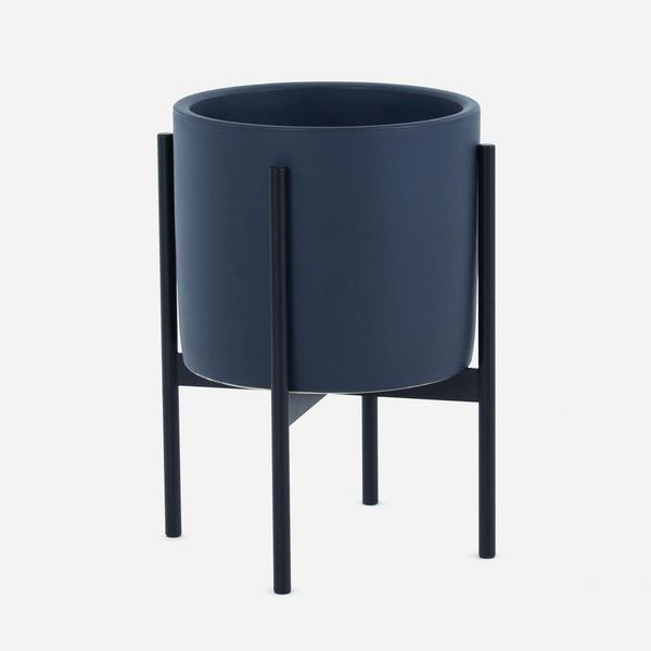 Case Study Ceramics Small Cylinder with Stand