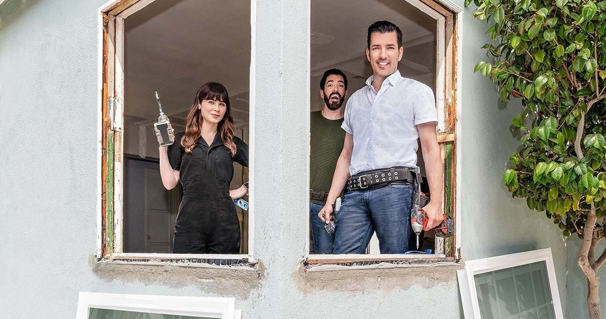 Zooey Deschanel's Long Con Pays Off, Will Appear on Property Brothers Show