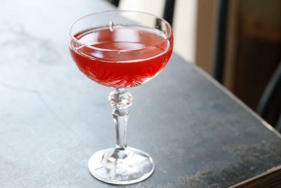 American Royal Zephyr: bonded bourbon, cocchi americano rosa, ango, orange and peychauds bitters, sparkling water.