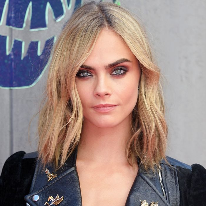 Victoria S Secret Extends Cara Delevingne An Invite To Model