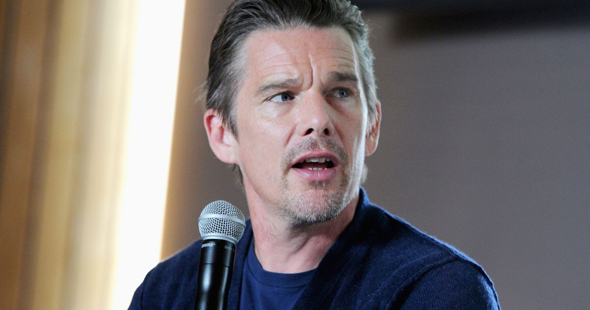 Ethan Hawke on How River Phoenix Inspired a Chapter in His ...