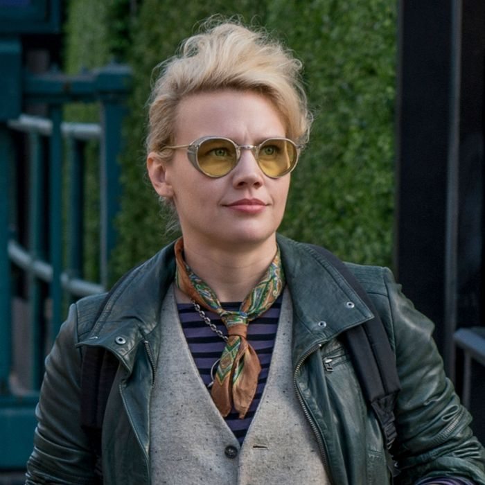 Holtzmann (Kate McKinnon) in Columbia Pictures' GHOSTBUSTERS.