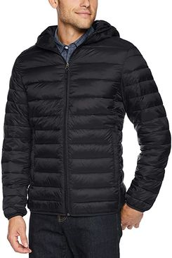 Amazon Essentials Men's Lightweight Water-Resistant Packable Hooded Puffer Jacket