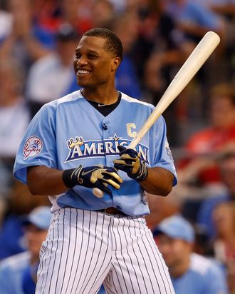 American League All-Star Robinson Cano #24 of the New York Yankees at bat in the first round during the State Farm Home Run Derby at Kauffman Stadium on July 9, 2012 in Kansas City, Missouri.