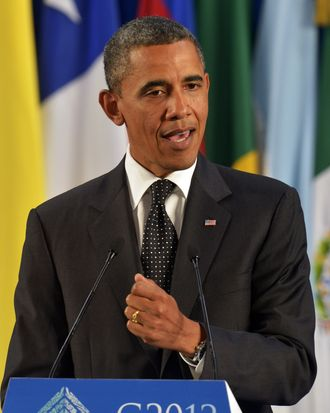 US President Barack Obama delivers a speech at the end of the G20 Summit of Heads of State and Government in Los Cabos, Baja California, Mexico on June 19, 2012.